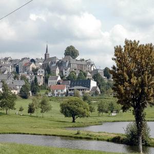 20210109--20040823-La_Tour_d_Auvergne.jpg